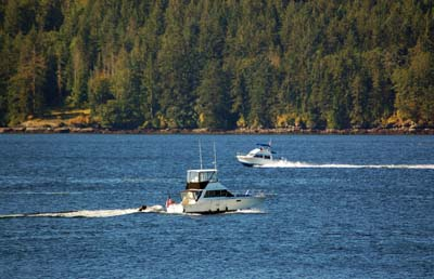 Boating among the Gulf Islands